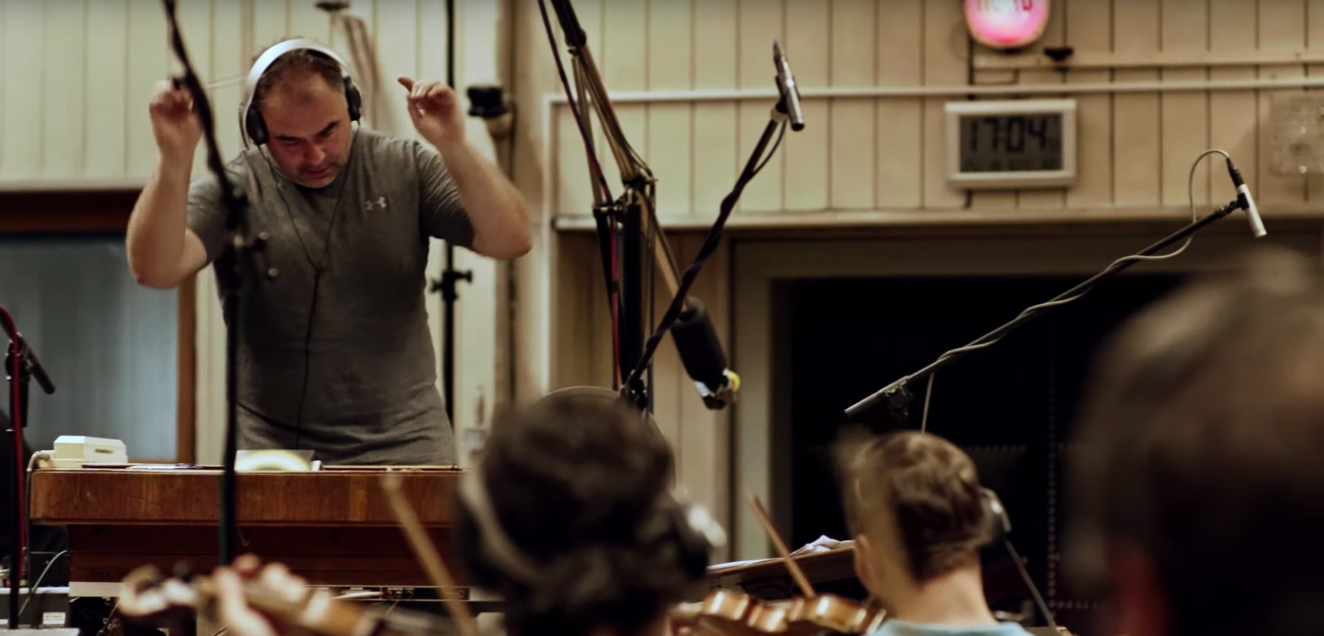 New World Shares Behind-the-Scenes Interviews from Creating the Soundtrack of Aeternum